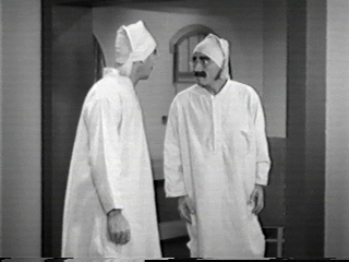 duck_soup_groucho_harpo_small