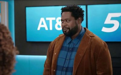 A look at the insulting AT&T commercial